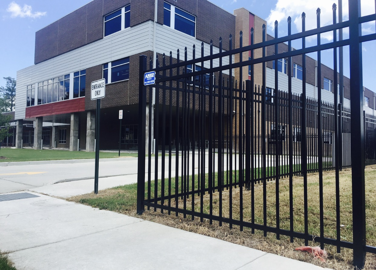 Fence installation and repair in St. Charles Parish